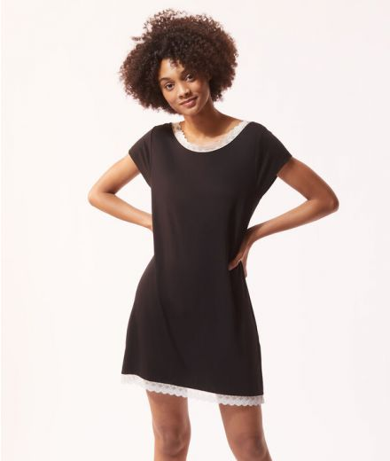 MINIA Short-sleeved nightie with lace edges