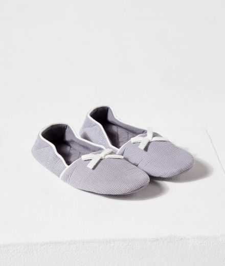 WEEKEND  Slippers with tote bag