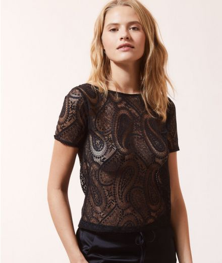 Short-sleeved lace top